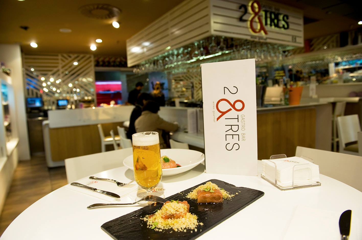 2&TRES Gastro Bar Gourmet
